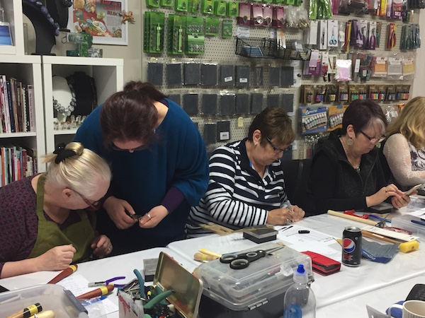 Metalsmithing Workshops with Wendy_May 2017_4
