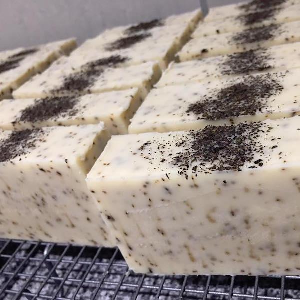 Natural-Cold-Process-Soapmaking-Workshop_Kylie-1
